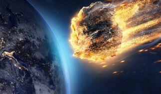 Ein massiver Asteroid könnte schon in wenigen Jahren der Erde gefährlich nahe kommen und mit einem Einschlag für Verwüstung sorgen (Symbolbild). (Foto)