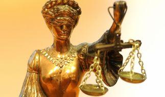 In Solingen musste sich ein 48-Jähriger vor Gericht verantworten, nachdem ihm die Vergewaltigung einer 84-jährigen Wachkoma-Patientin zur Last gelegt wurde (Symbolbild). (Foto)