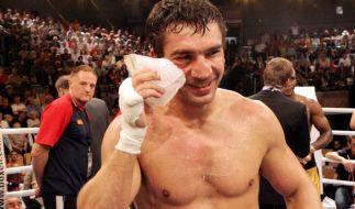 2006 verteidigte Markus Beyer seinen WM-Titel im Supermittelgewicht gegen Sakio Bika aus Kamerun. (Foto)