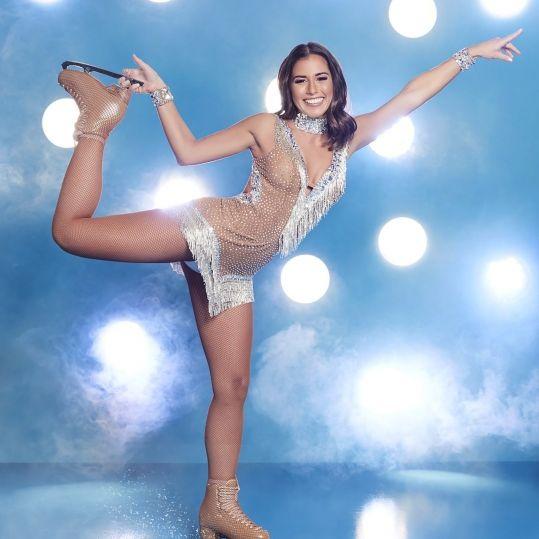 """Fix und fertig! SO sehr leidet die Sängerin für """"Dancing on Ice"""" (Foto)"""