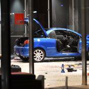Auto rast in SPD-Zentrale! Beschuldigter kassiert Bewährungsstrafe (Foto)