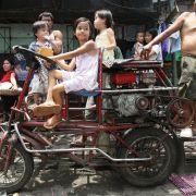 Baby (1) bei Motorradfahrt mit Großmutter enthauptet (Foto)