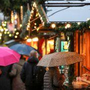 """Windig und nass! Tief """"Marielou"""" vermiest Lust auf Weihnachtsmärkte (Foto)"""