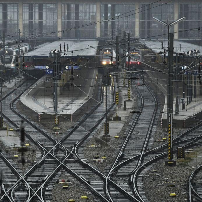 Weiter Zugausfälle und Verspätungen im Fernverkehr (Foto)