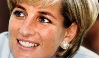 Prinzessin Diana starb Ende August 1997 bei einem tragischen Unfall - doch für viele Royals-Fans ist die Mutter von Prinz William und Prinz Harry nach wie vor ein lebendiger Teil der Königsfamilie. (Foto)