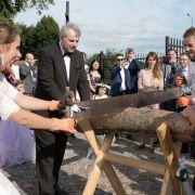 Die kirchliche Trauung von Anna und Gerald fand in Polen, der Heimat der Braut statt. Nach der Trauung hatten