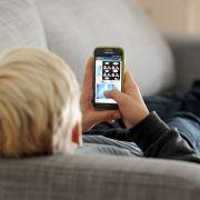 Junge stirbt nach Elektroschock aus Handy-Kopfhörern (Foto)