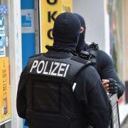 Verhaftungen in mehreren Bundesländern - Berliner Polizist festgenommen! (Foto)