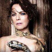 Schauspielerin und Moderatorin Désirée Nosbusch macht sich für den Tierschutz stark - und nackt.