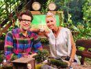 """Die Dschungelcamp-Moderatoren Daniel Hartwich und Sonja Zietlow begrüßen auch 2019 eine illustre Promischar bei """"Ich bin ein Star - Holt mich hier raus!"""". (Foto)"""