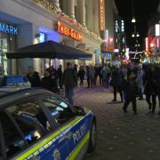 Panik in Einkaufszentrum - Böller erschreckt hunderte Menschen (Foto)