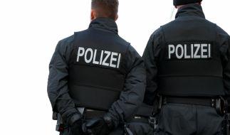 Ein Berliner Polizeischüler fällt mit einer dreisten Betrugsmasche auf die Nase. (Symbolfoto) (Foto)