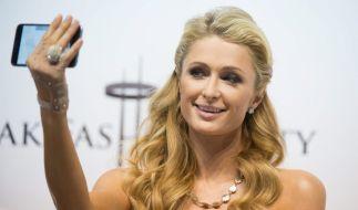 Paris Hilton wirbt für sich als US-Präsidentin. (Foto)