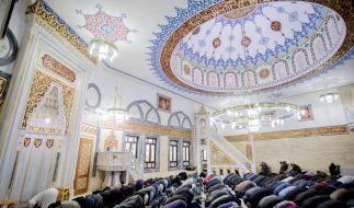 """Sollen Muslime künftig eine """"Moschee-Steuer"""" an den Staat zahlen? (Foto)"""