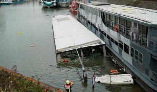 Auf dem Rhein ist ein Partyschiff gesunken. (Foto)