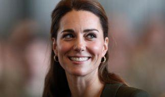 Kate Middleton strahlt überglücklich. (Foto)