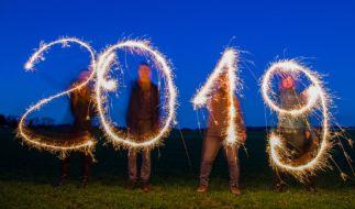 Die Jahreswechselpartys zu Silvester 2018 haben begonnen. (Foto)