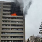 Mädchen (5) versteckt sich vor Feuer und stirbt qualvoll (Foto)