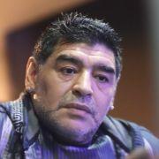 Sorge um Sportlegende! Maradona wegen Magenblutung im Krankenhaus (Foto)