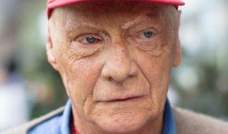 Formel-1-Legende Niki Lauda (69) ist offenbar wegen einer Grippe erneut ins Krankenhaus eingeliefert worden. (Foto)