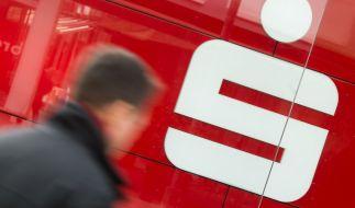 Phishing-Betrüger machen mit dem Sparkassen-Logo Jagd auf Daten. (Foto)