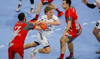 THW Kiels Gisli Thorgeir Kristjansson (M) im Viertelfinale gegen Spieler des MT-Melsungen. (Foto)