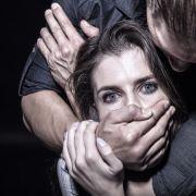 Frau von 6 Männern tagelang missbraucht (Foto)