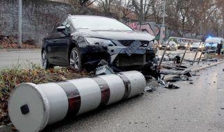 In Stuttgart hat ein Autofahrer zwei Blitzer wegrasiert. (Foto)