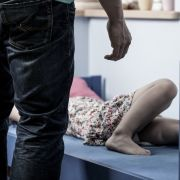 Vater vergewaltigt eigene Tochter - aus DIESEM Grund! (Foto)