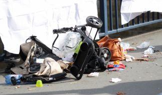 In London kollidierte ein Auto mit einer Mutter und deren Kinderwagen. (Symbolfoto) (Foto)