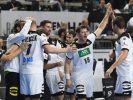 Die deutschen Handballer haben den ersten Schritt in Richtung Halbfinale der Heim-Weltmeisterschaft gemacht. (Foto)