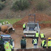 Bei der Suche nach dem in einen Brunnenschacht gestürzten zweijährigen Julen in Spanien ist die Bohrung eines senkrechten Parallel-Tunnels abgeschlossen.