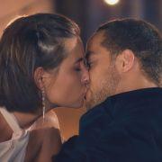 """Am Mittwoch kam es beim """"Bachelor"""" zum ersten Kuss der neuen Staffel. Alle Episoden von """"Der Bachelor bei TVNOW: www.tvnow.de. (Foto)"""