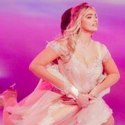 "HIER zieht die ""Dancing on Ice""-Blondine komplett blank (Foto)"
