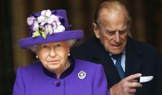 Queen Elizabeth II. und ihr Gatte Prinz Philip sind auch mit Ü90 ein Paradebeispiel für rüstiges Auftreten. (Foto)