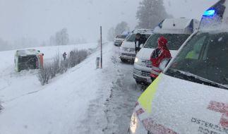 Es kann gefährlich glatt werden auf Deutschlands Straßen. (Foto)