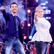 Auf der Bühne harmonieren Florian Silbereisen und Maite Kelly, hier mit Schlagerkollege Ross Antony (li.) perfekt.