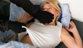 In einem britischen Pflegeheim wurde eine wehrlose Frau vergewaltigt und mit dem HI-Virus infiziert (Symbolbild). (Foto)