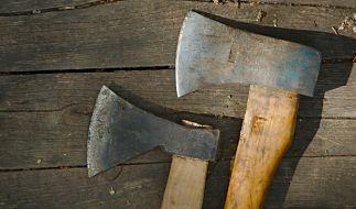 Eine Australierin spaltete einem Mann in einem Tankstellen-Shop beinahe den Schädel. (Symbolbild) (Foto)