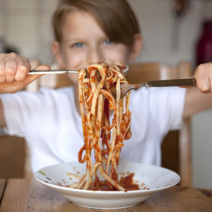 Lebensmittelvergiftung! Student (20) stirbt an verseuchten Nudeln (Foto)