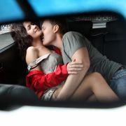 Da hat's gebumst! Paar hat Sex hinterm Steuer und baut Crash (Foto)