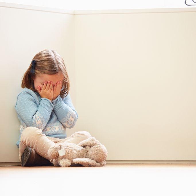 Pädophile Kindergärtnerin (17) missbraucht Mädchen (2, 3) (Foto)