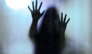 Wegen angeblicher Hexerei mussten eine Mutter und ihre vier Kinder sterben (Symbolbild). (Foto)