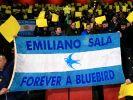 Der mutmaßliche Flugzeugabsturz des argentinischen Fußballprofis Emiliano Sala hat Fußballfans in aller Welt bestürzt. (Foto)