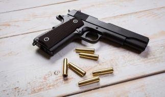 In den USA wurde eine Mutter von ihrem vierjährigen Sohn niedergeschossen (Symbolbild). (Foto)