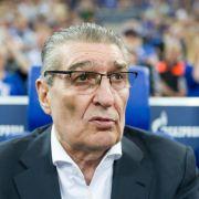 Fußball-Welt trauert! Schalke-Legende mit 74 Jahren verstorben (Foto)