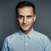 Auch Comedian Özcan Cosar wagt sich ab 12. März auf das Tanzparkett bei RTL.