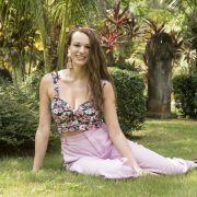 Vasfije (24) aus Köln: Die süße Partymaus mit Modeljobsmöchte sich gerne tanzend an die vergebenen Männer heranmachen und mit ihnen