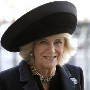 Frech befummelt! Prinz Charles' Frau in aller Öffentlichkeit belästigt (Foto)