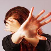 Widerlich! Betreuer vergewaltigt und schwängert geistig behinderte Frau (Foto)
